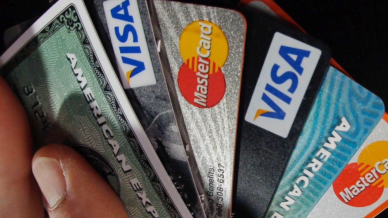 Credit & Debit cards fees when travelling abroad