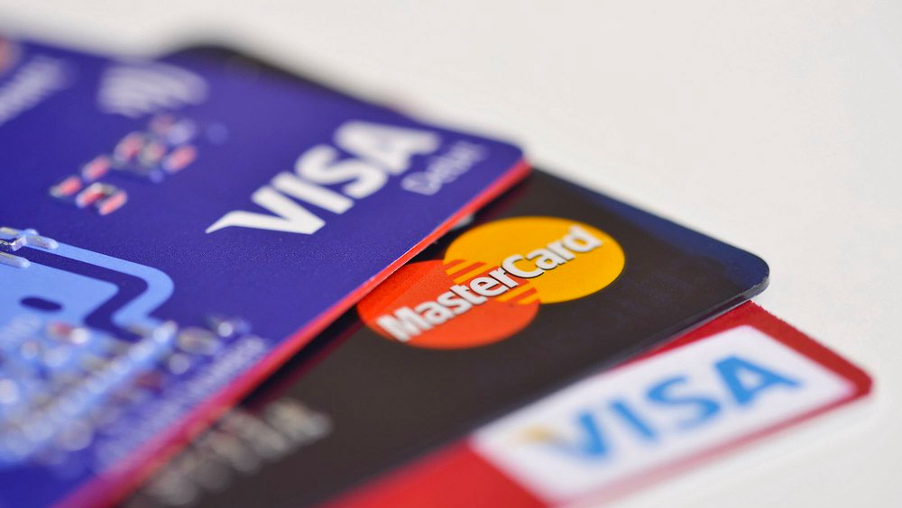 Use a Credit Card When Travelling